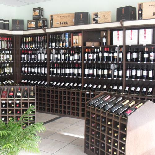 Lumi amoblamientos amoblamientos comerciales para for Muebles para vinotecas